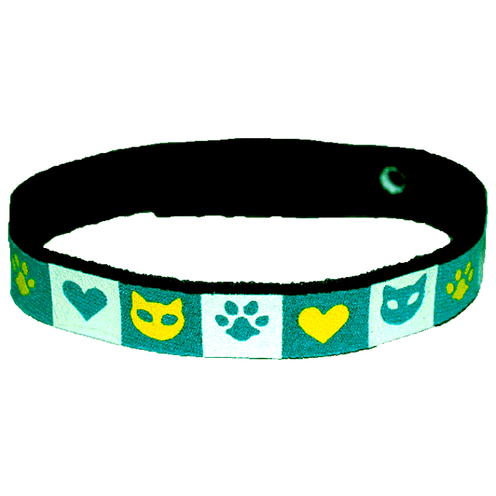 Beastie Band Cat Collar - Cats Hearts and Paws - Choose a Color